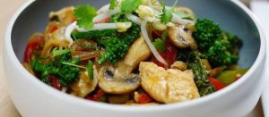 banting chicken and broccoli stir-fry